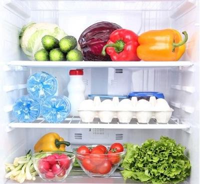キレイに整頓された冷蔵庫内
